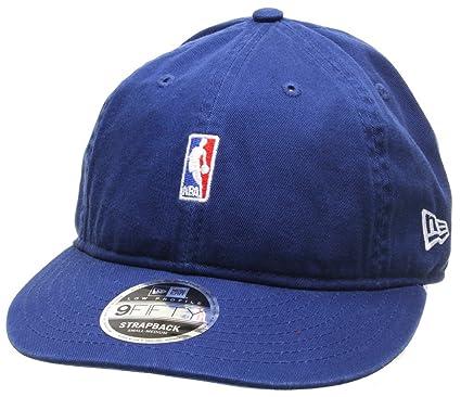 New Era 9FIFTY NBA Logo Strapback Cap - Niedrige Krone - Weiß  Amazon.de   Bekleidung 9d100ea2231