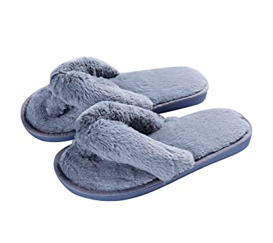8c3f6570cf2b Image Unavailable. Image not available for. Color  Womens Faux Fur Flip  Flop Slippers Comfy Slip on House Shoes ...