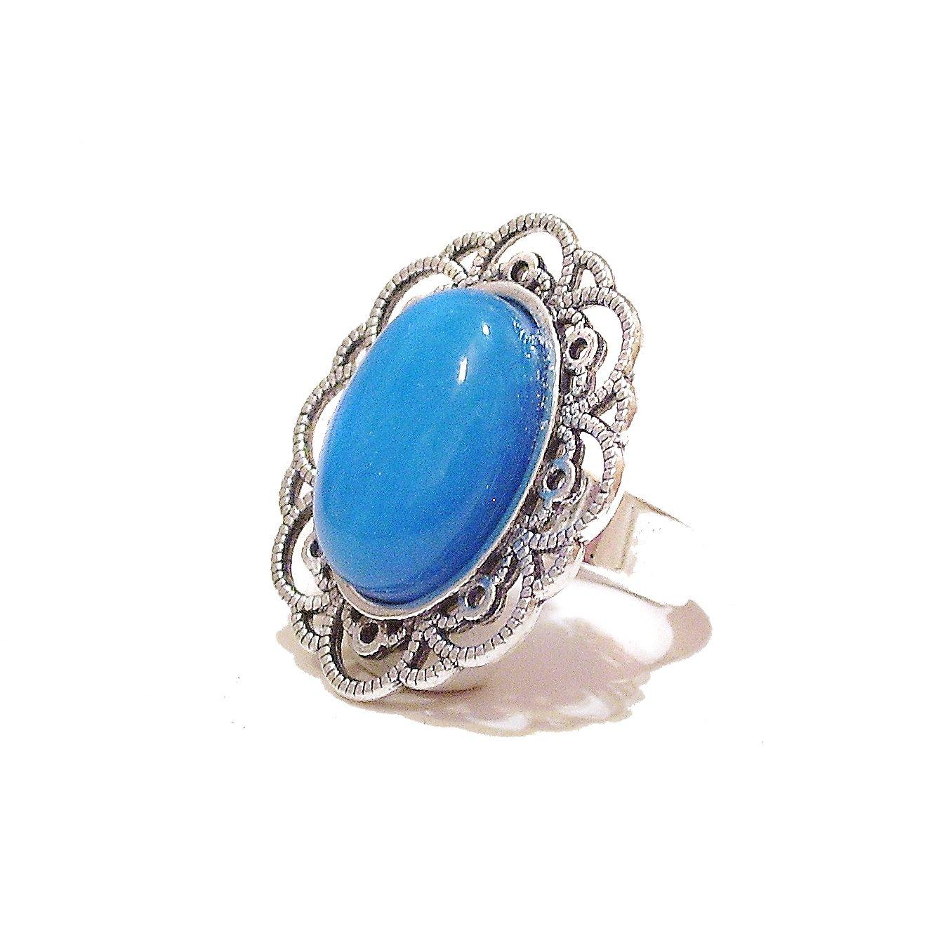 Bague Couleur Argent Vieilli Monture Ciselée et Ajourée avec Calcite Teinte en Bleu Semi-précieuse – Ajustable The Black Cat Jewellery Store 4086