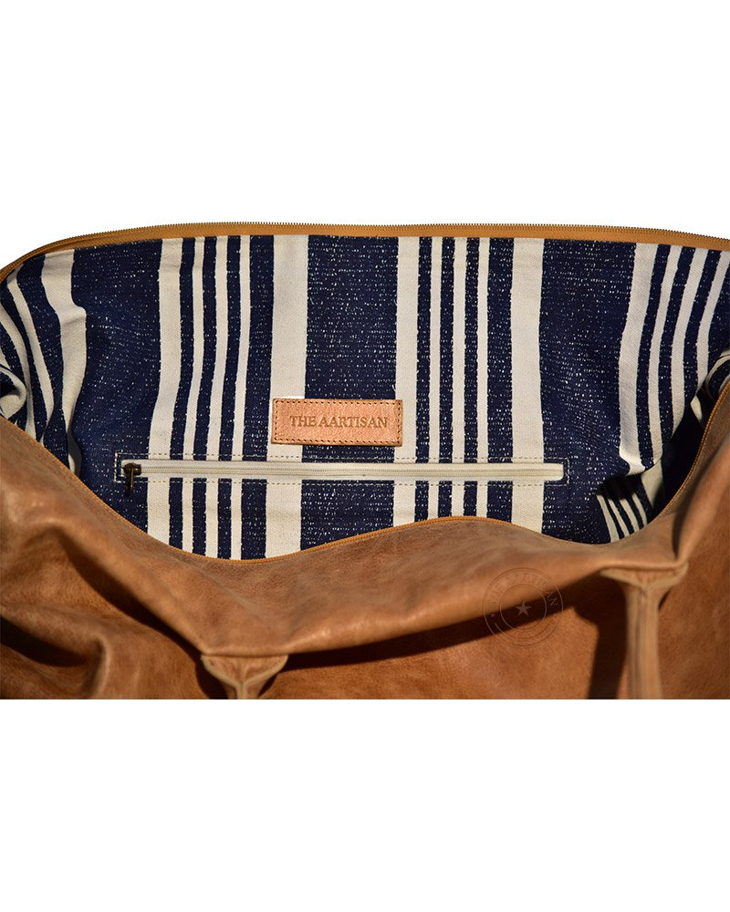 The Aartisan 21'' Handcrafted Genuine Leather Duffel Bag for Men Travel Weekend Bag (Chestnut), Free Gift Included, Multi Purpose Use by THE AARTISAN (Image #4)