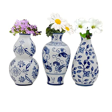 Amazon.com The Bombay Company Set of 3 Floral Ceramic Blue \u0026 White Vases Home \u0026 Kitchen  sc 1 st  Amazon.com & Amazon.com: The Bombay Company Set of 3 Floral Ceramic Blue \u0026 White ...
