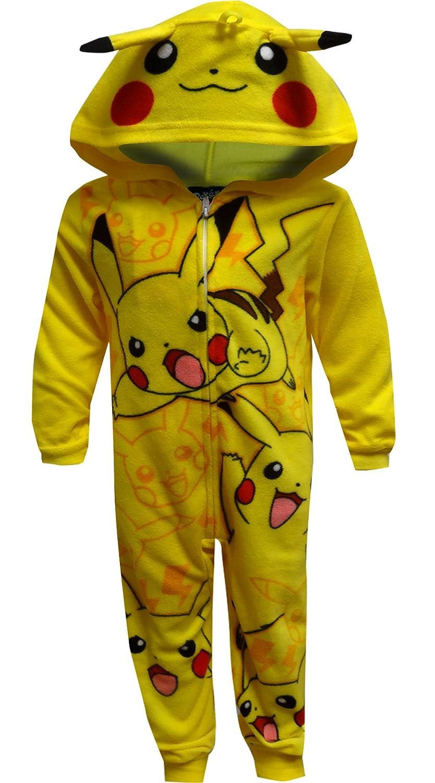 d7f6f159ba2f Amazon.com  Pokemon Pikachu Onesie Pajama for Little Boys (4)  Clothing