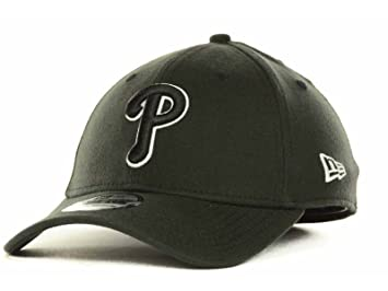 low priced d082f eea4f Philadelphia Phillies New Era MLB Black and White Ace 39THIRTY Stretch Fit  Hat Cap (Small Medium), Baseball Caps - Amazon Canada