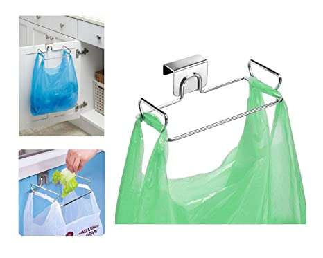 InterDesign Classico Soporte para bolsas de basura, pequeño colgador de puerta en metal, colgador metálico para bolsa, plateado
