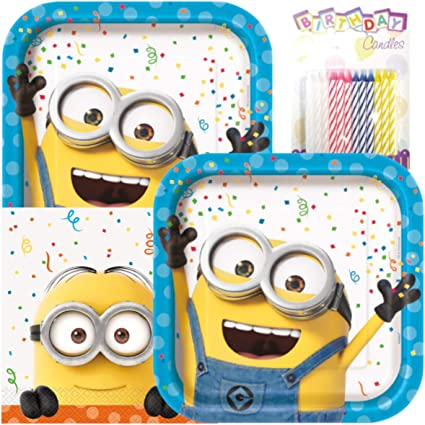 Amazon.com: Tema de minion platos y servilletas sirve 16 con ...