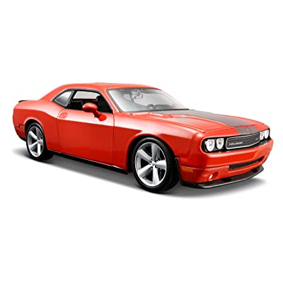 Maisto 1:24 Scale Orange 2008 Dodge Challenger SRT8 Diecast Vehicle: Toys & Games