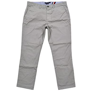 d7091626 Tommy Hilfiger Mens Slim Fit Chino Pants at Amazon Men's Clothing store: