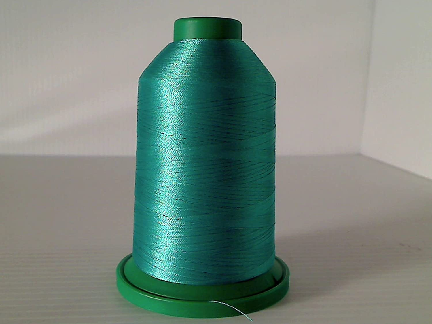5324 Isacord Embroidery Thread 5000m 5005-5374