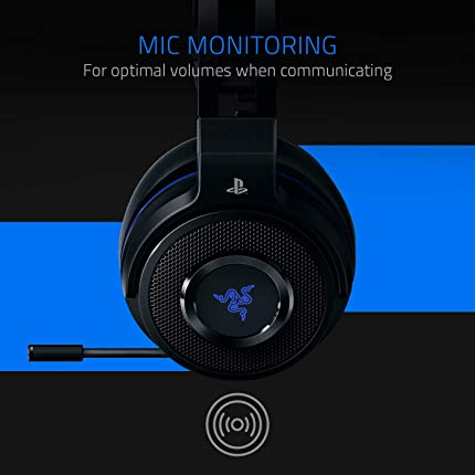 Razer Thresher - Lag-Free Wireless Connection - Retractable Digital Microphone - Gaming Headset Works with PC & PS4