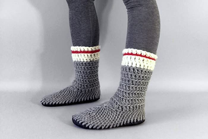 1027688f3571b Amazon.com: Muffle Boot Sock Monkey - House Shoes for Men, White ...
