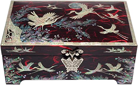 dragon box,dragon,box color black,Wood Jewelry Box,wood Pearl inlay box,box square vintage Pearl inlay box