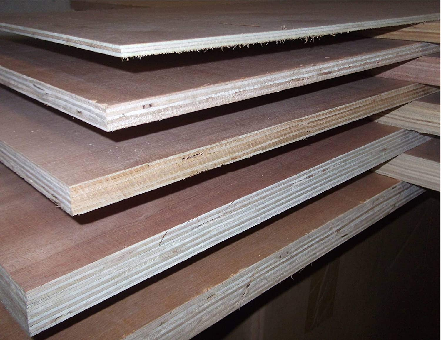 Plywood Boards Sheets. Various Thickness, Various Sizes. (1, 25mm @ 4' x 4') 25mm @ 4' x 4') Innovo
