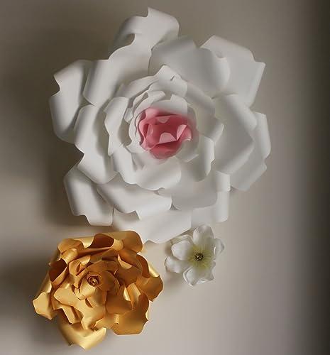 Amazon Com Set 5 Giant 22 Inch White Paper Flower Backdrop Flower