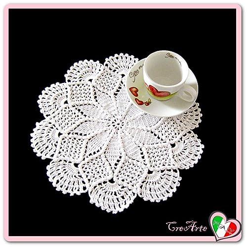 Piccolo Centrino Rotondo Bianco Alluncinetto In Filato Di Cotone