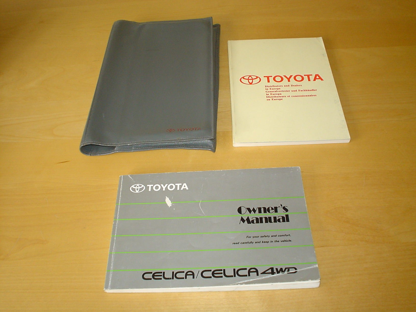 TOYOTA CELICA OWNERS MANUAL HANDBOOK with WALLET (1989 - 1994) - GT4 GT-F  GT-FOUR GTS GT-S GTI GT-I GT-R GTR AT180 ST182 ST183 ST185 1.6, 2.0 LITRE  ENGINE ...