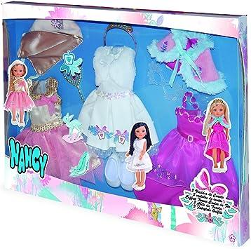 Amazon.es: Nancy 3 vestidos de cuento (Famosa 700013051): Juguetes ...
