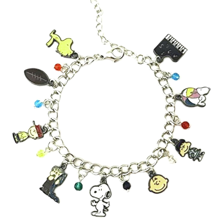 0d1e1b6e194175 Amazon.com: Snoopy & Friends Peanuts Theme Silvertone Charm Bracelet:  Jewelry