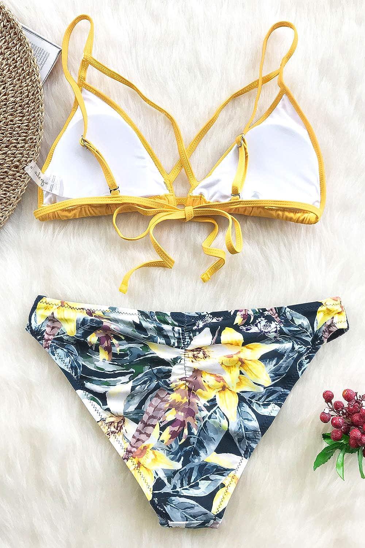afb3cf60402 Amazon.com: CUPSHE Women's Yellow Floral Cross Triangle Thong Low Waisted  Bikini Set: Clothing