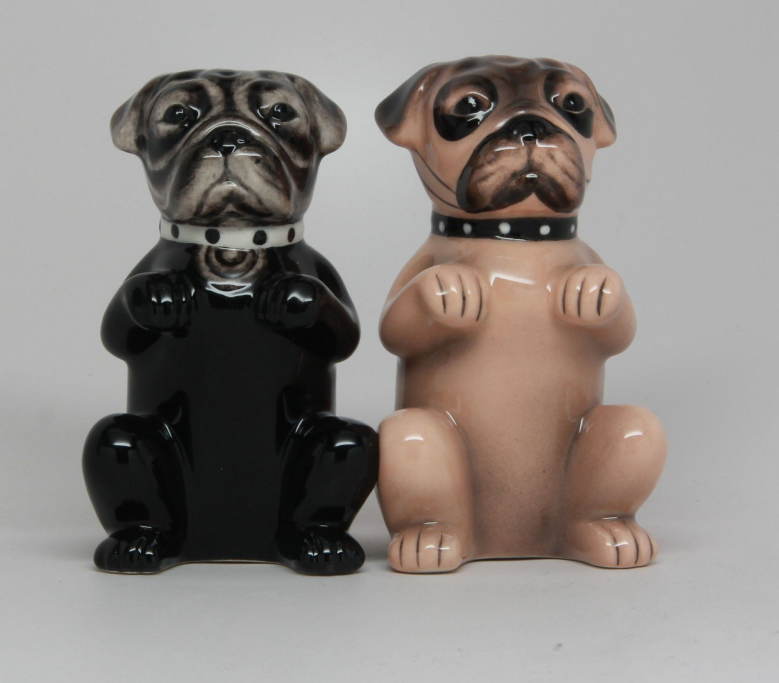 Cute Puppies Pugs Ceramic Magnetic Salt and Pepper Shakers Home Kitchen Decor
