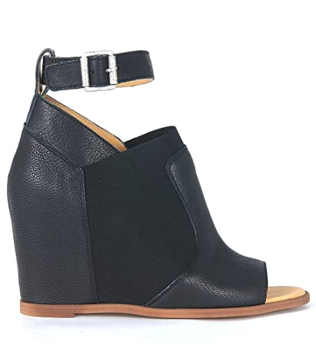 8b6f752a6f2 MM6 Maison Margiela Women s Open Toe Black Leather Wedge Sandal   Amazon.co.uk  Shoes   Bags