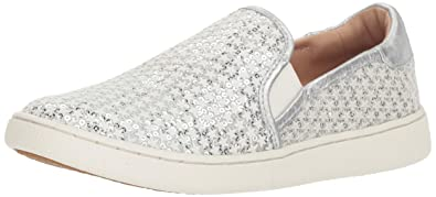 2d1d05ce93f5 Amazon.com | UGG Women's W CAS Glitter Sneaker | Shoes