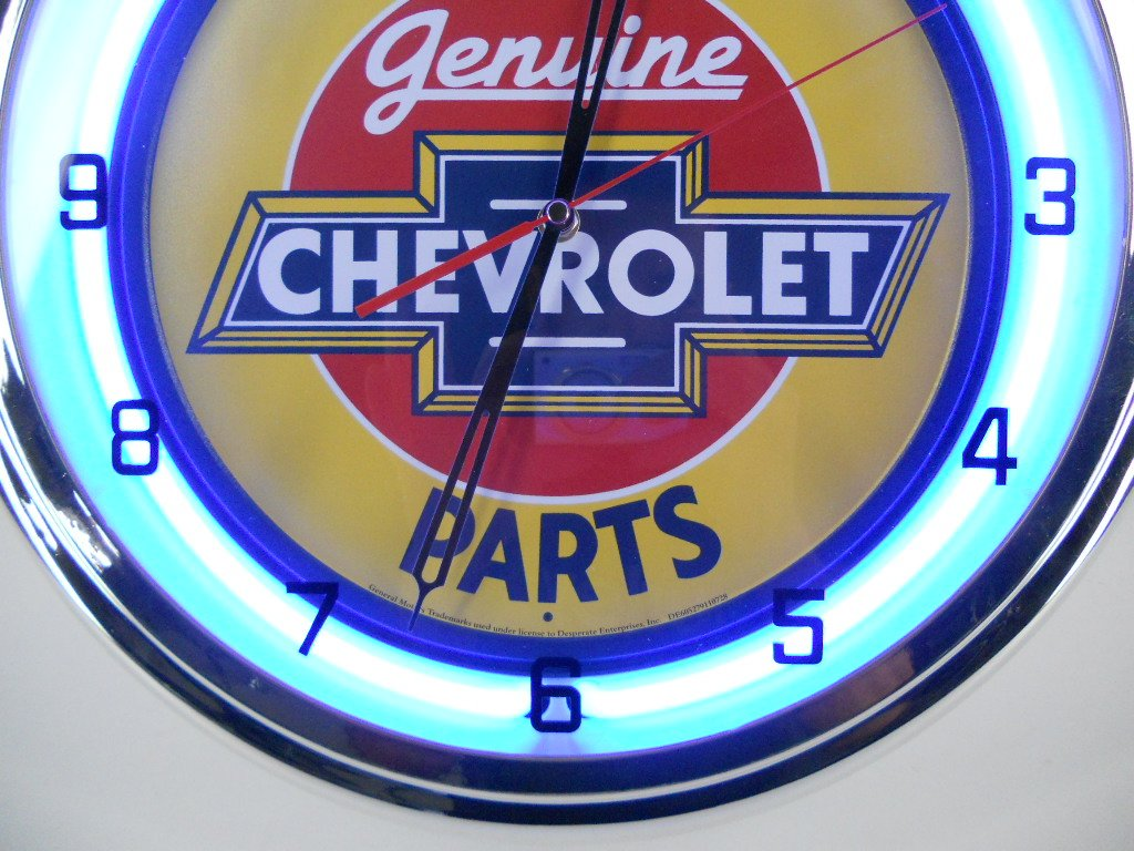We Use Genuine Chevy Parts 15'' Neon Light Clock Sign Blue