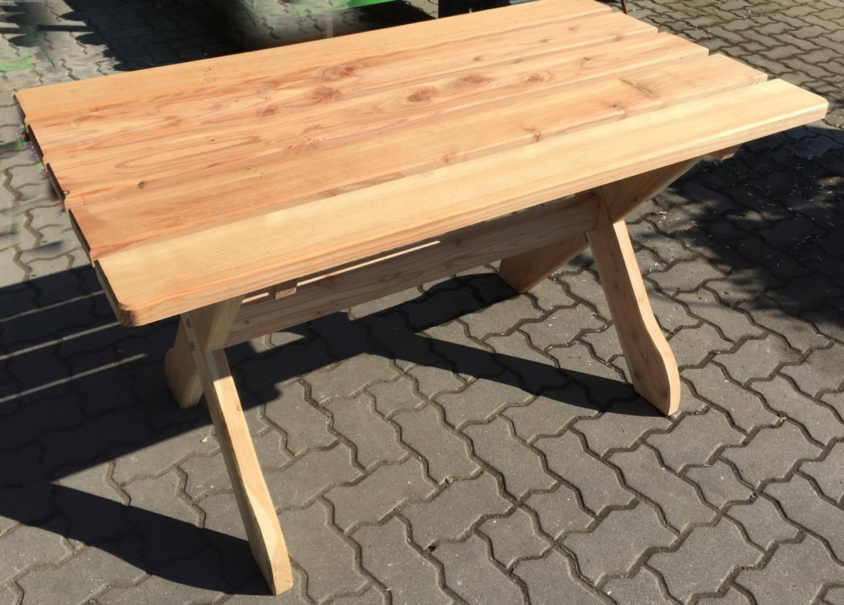 Garten Tisch 130 x 74 cm FSC Holz massiv Lärche Gartenmöbel