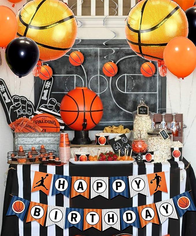 Las decoraciones de la fiesta de baloncesto incluyen remolinos ...