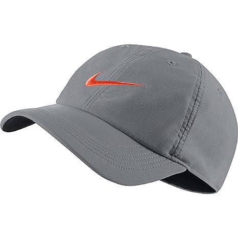 cf7c8985f1e0a Amazon.com  Nike Unisex Aerobill H86 Adjustable Hat Cool Grey Black Hyper  Crimson 729507-066  Sports   Outdoors