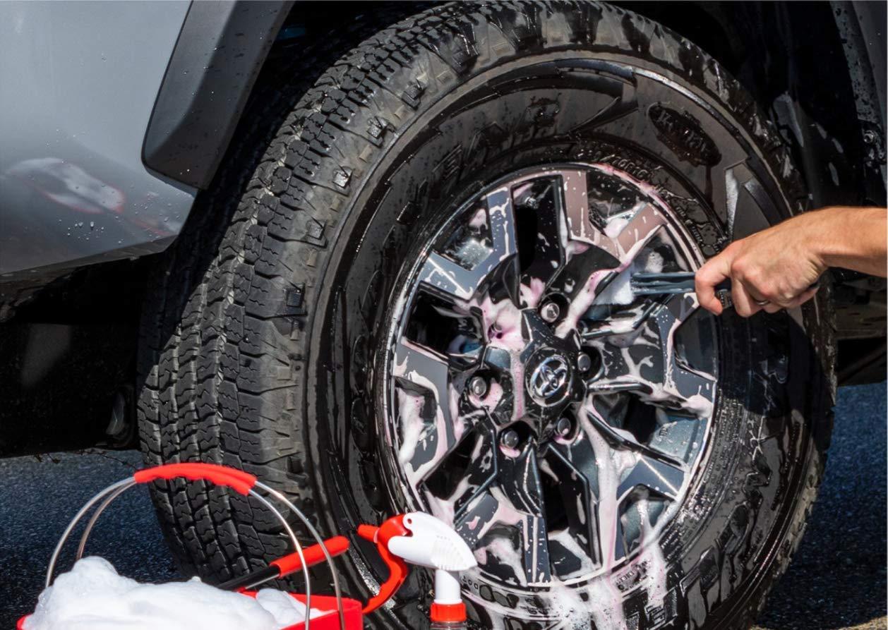 Griot's Garage 11027 Heavy Duty Wheel Cleaner Gallon by Griot's Garage (Image #2)