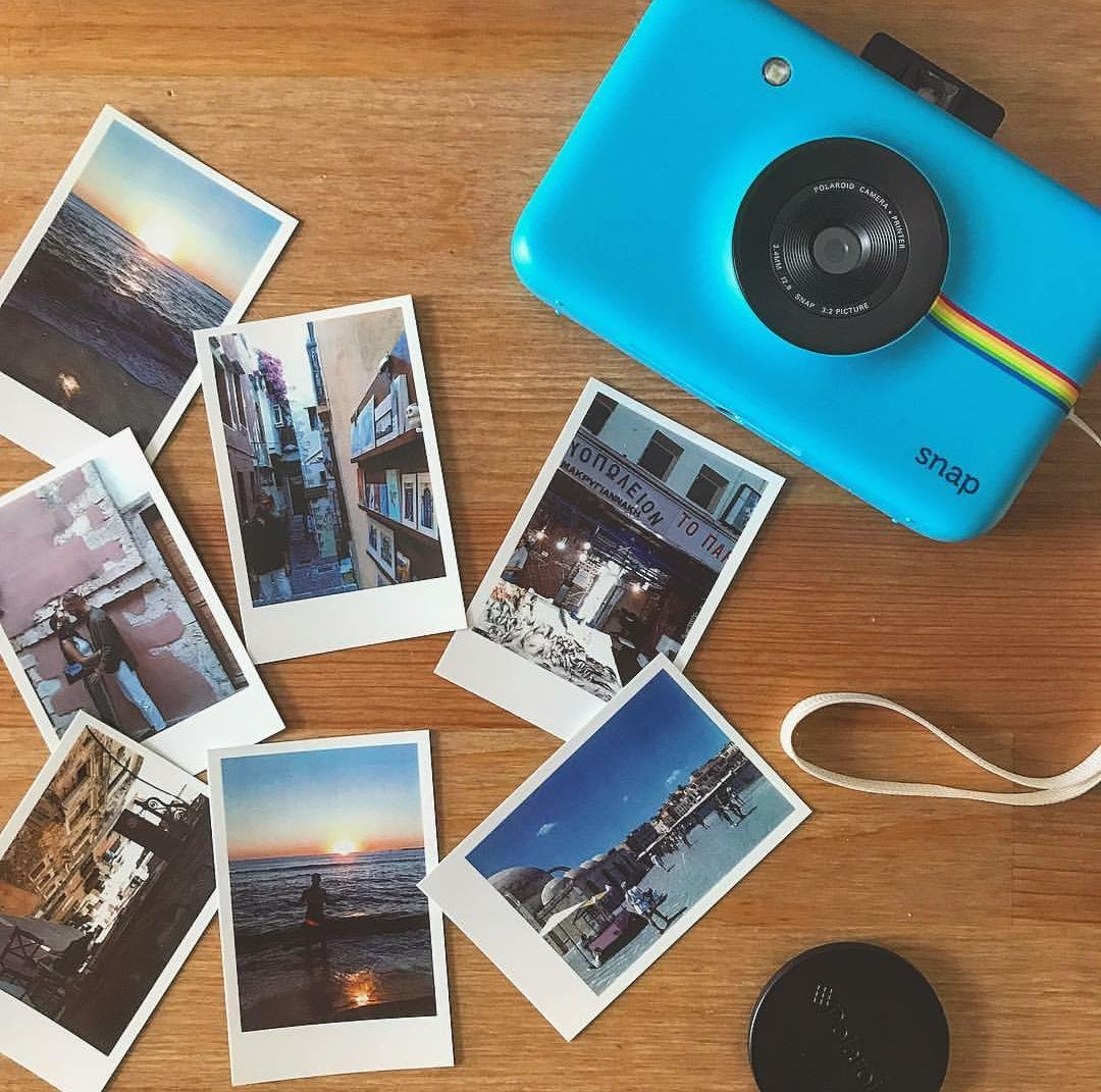 Приложение фотографии как полароидные