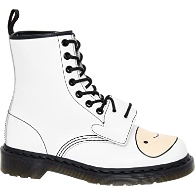 Dr. Martens White Leather Adventure Time Finn Boots: Amazon.co.uk ...