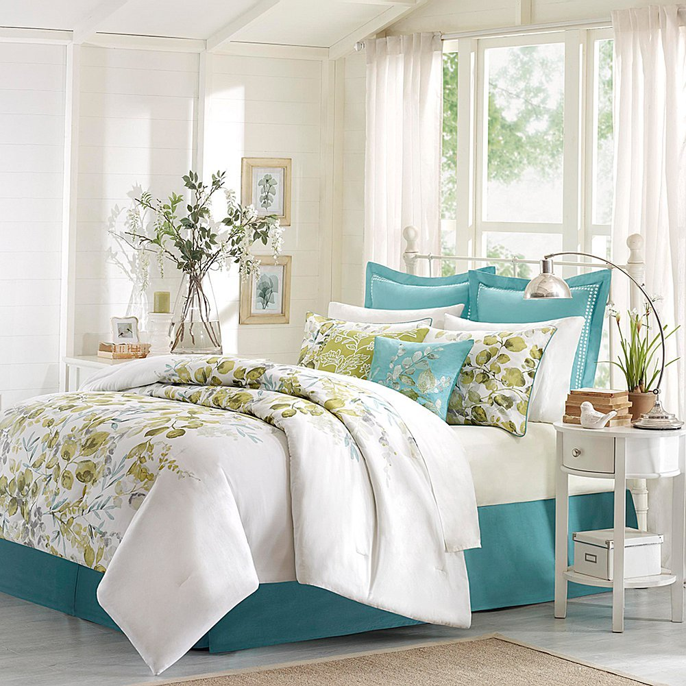 Amazon.com: Harbor House 4 Piece Amelia Comforter Set, Queen, Multicolor:  Home U0026 Kitchen