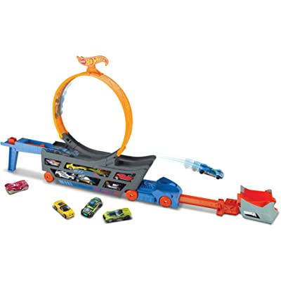 Hot Wheels Stunt & Go Track Set: Toys & Games
