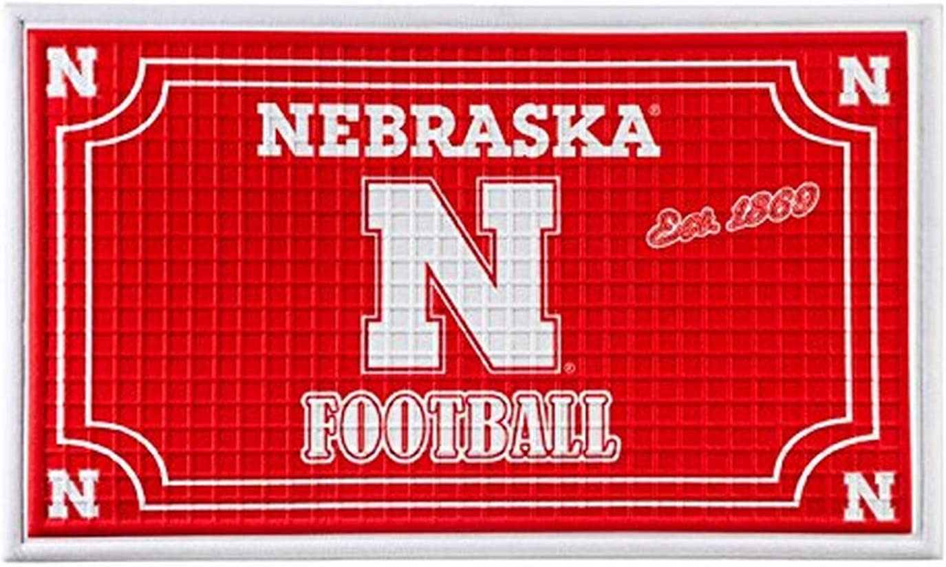 FANMATS 19987 Team Color 18 x 30 Crumb Rubber University of Nebraska Door Mat