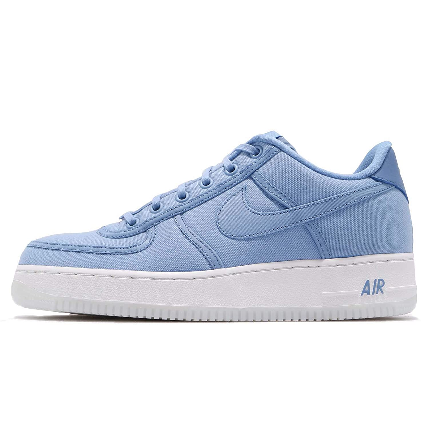 official photos d9888 9ba59 Amazon.com   Nike Air Force 1 Low Retro Qs CNVS Mens Ah1067-401   Running