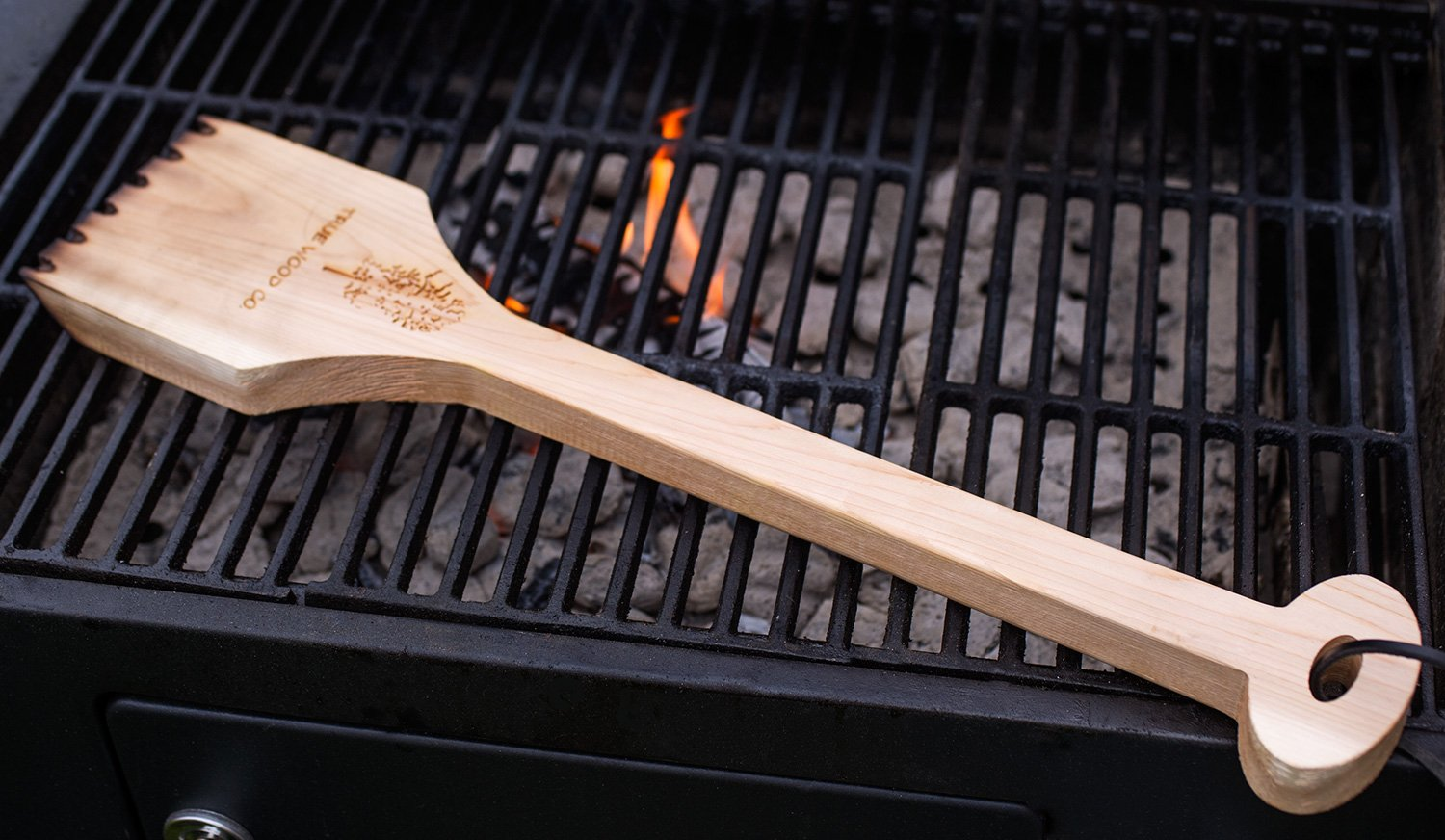 Wooden BBQ Scraper for Grill Cleaning. Safe Alternative to Wire BBQ Brushes. Extra Long Handle for Safety and Comfort. Professional Bristle Free Cleaner. West Red Cedar Wood. (21.5'') by True Wood Co. (Image #6)