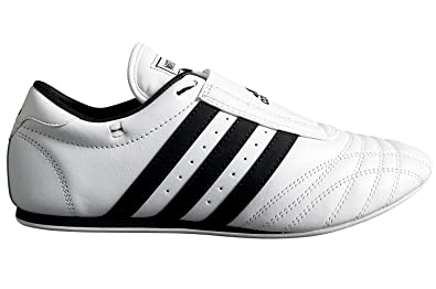 742ec0019bbc Amazon.com  adidas Taekwondo ADI-SM II Shoes  Shoes