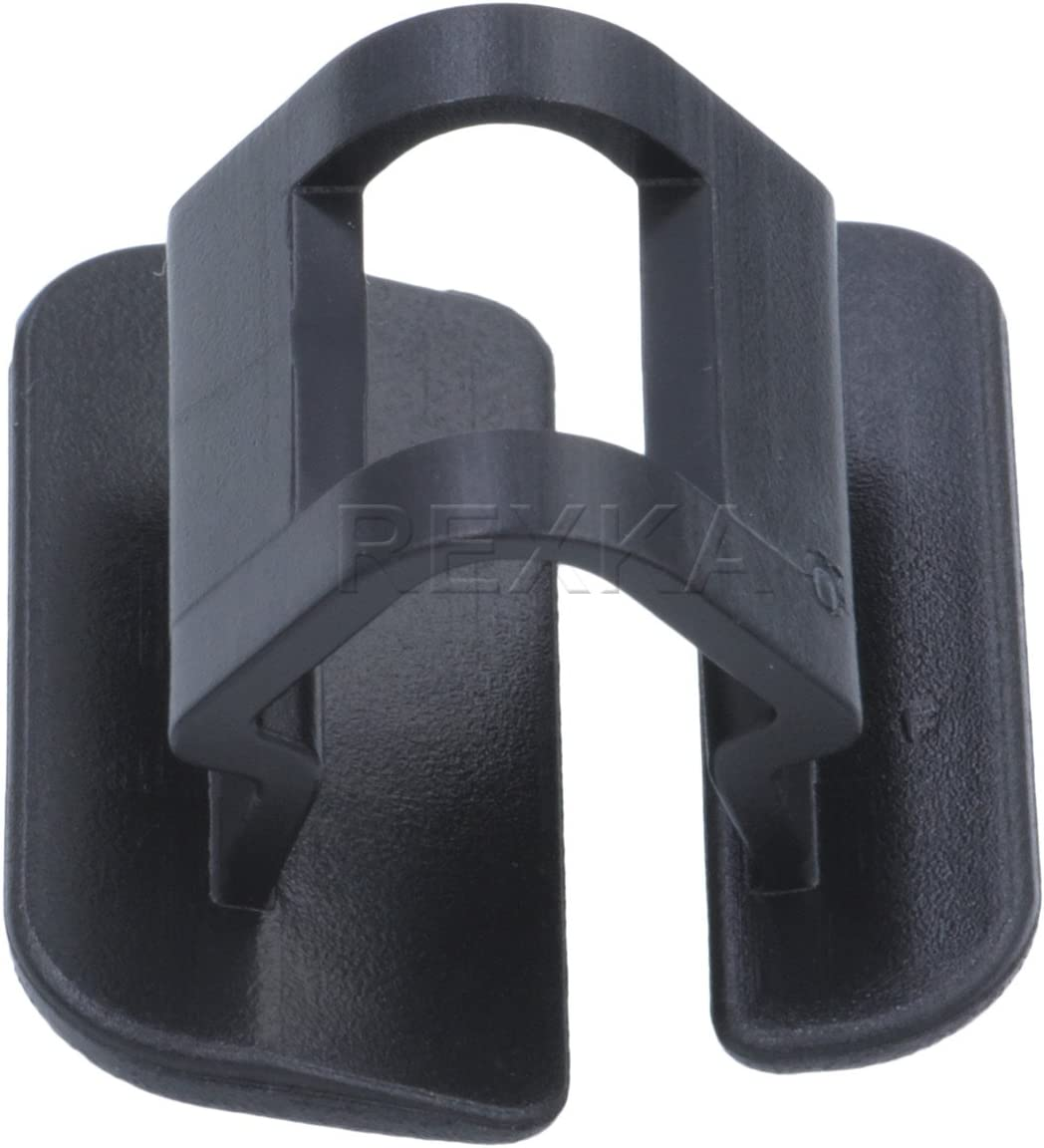 For Volvo C30 C70 S40 S60 S80 V70 XC60 XC90 Hood Insulation Pad Clip OEM 9182822