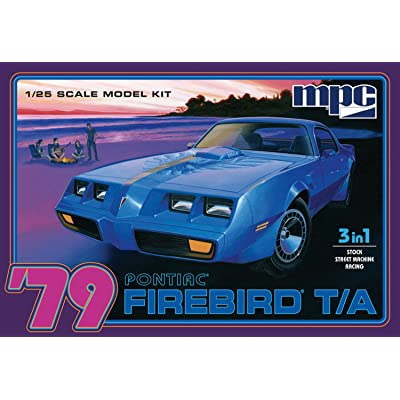 MPC 1979 Pontiac Firebird T/A 1/25 Scale Model Car Kit: Toys & Games