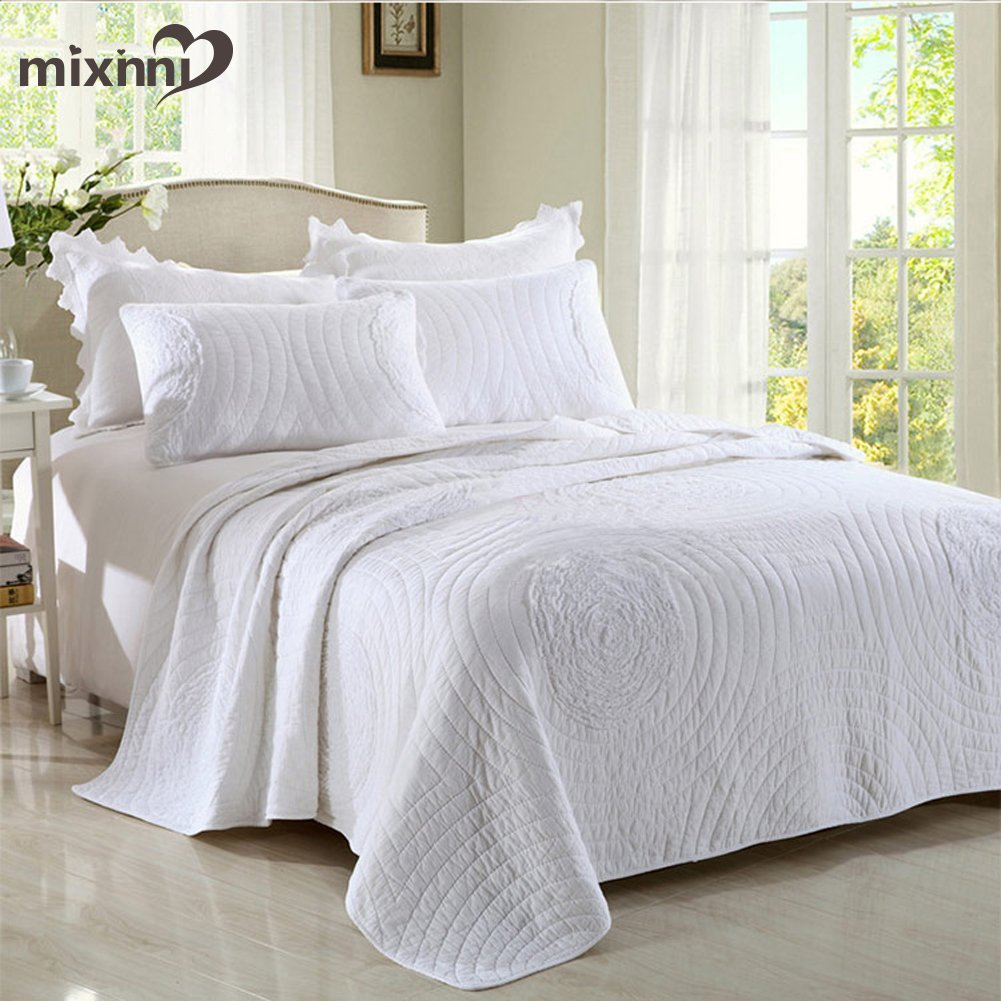 mixinni King quilt set white 106'' x 96'' Classical Floral Pattern Cotton Quilted Bedspreads and Comforter Set, Lightweight &Soft by by mixinni