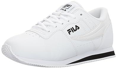 ae2947506abda Amazon.com   Fila Women's Machu Walking Shoe   Walking