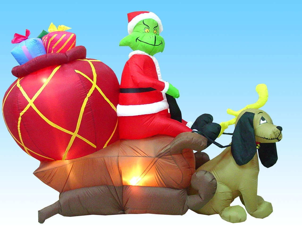 Amazon.com: Airblown Inflatable 6 Ft Tall Grinch in a Sleigh with ...