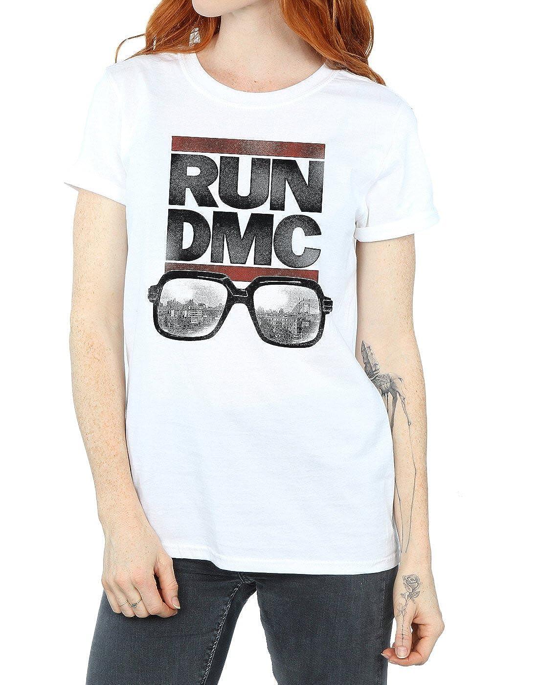9956b248e60 Amazon.com  Run DMC Women s Logo Glasses Boyfriend Fit T-Shirt  Clothing
