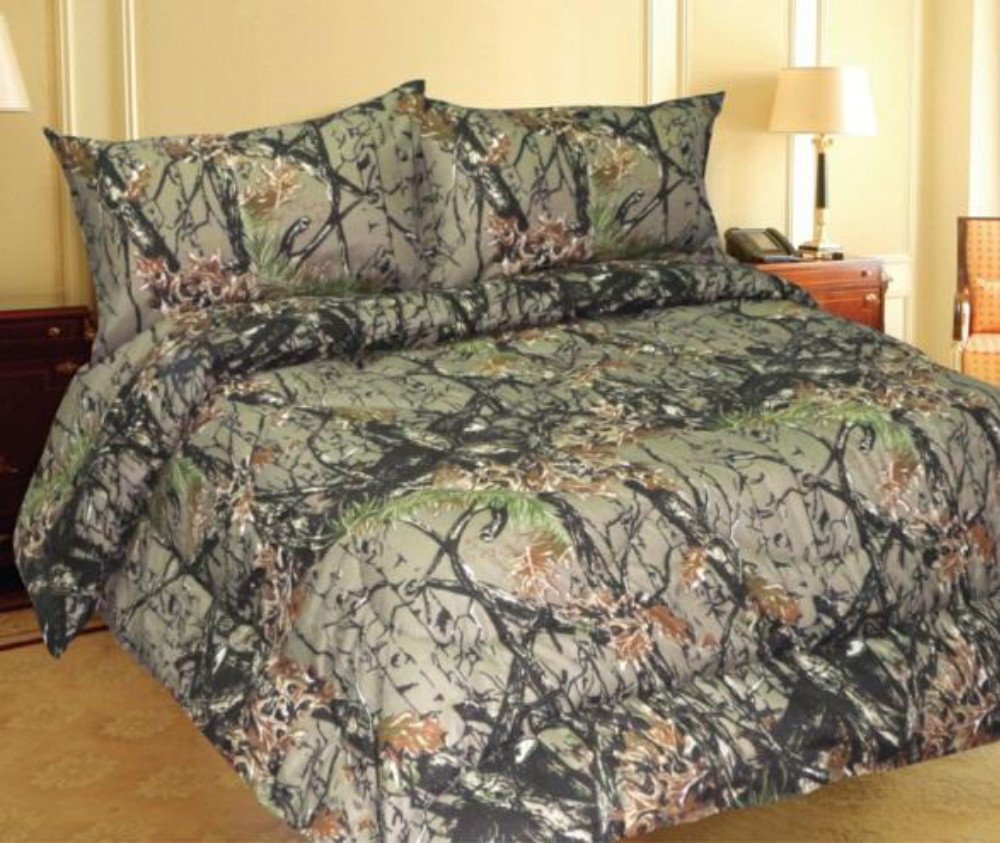 camo bedroom set. Amazon com  Queen Size Woodland Hunter Camo Comforter Only Home Kitchen