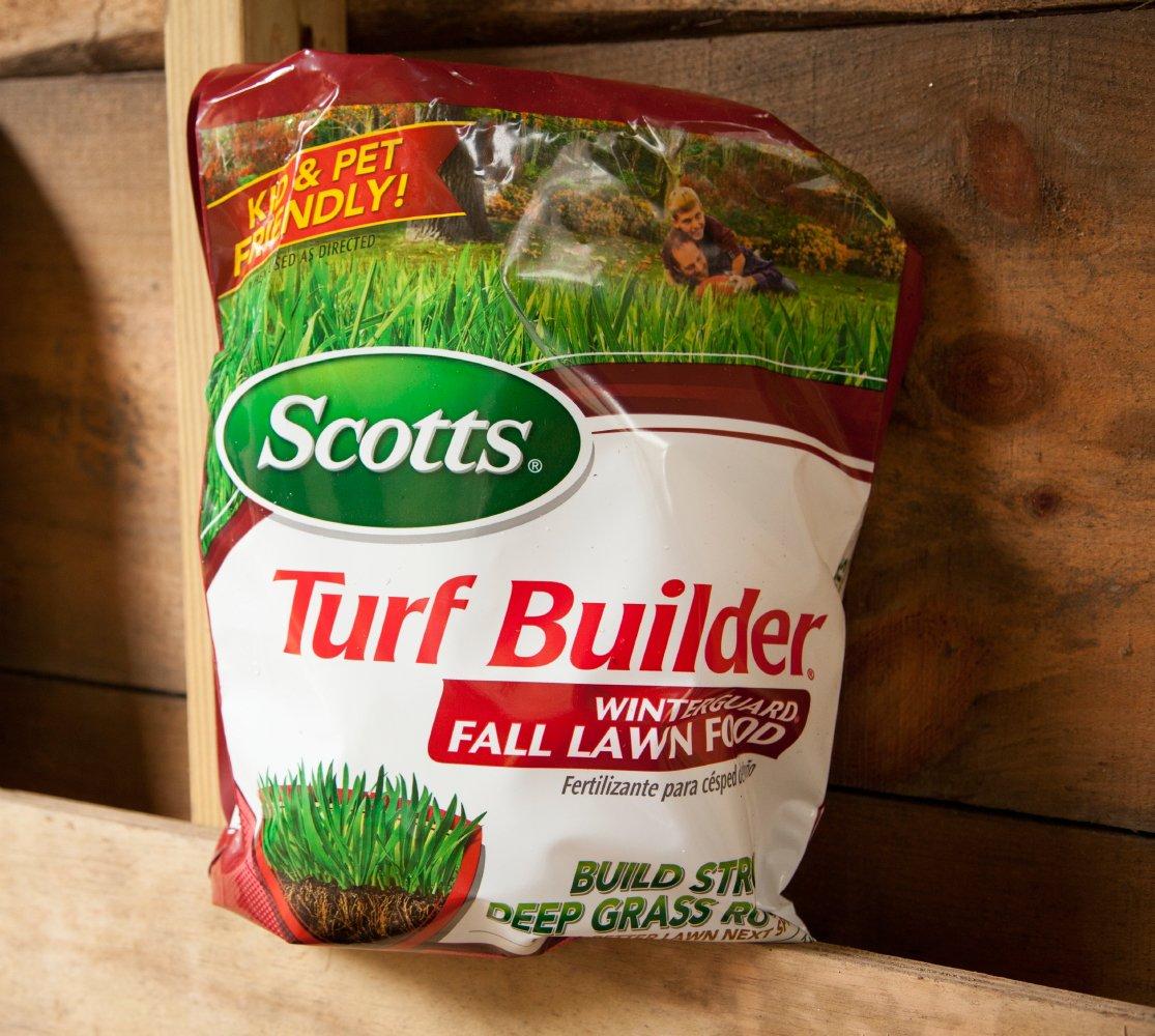 Scotts Turf Builder Lawn Food Image 1