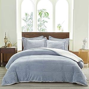 Uozzi Bedding 3-Piece Sherpa Flannel Micromink Comforter Set Ultra-Soft Winter Microfiber Fill Bedding Set Down Alternative Fleece Warm Weighted Duvet with 2 Pillowcase (LightGray, King 102