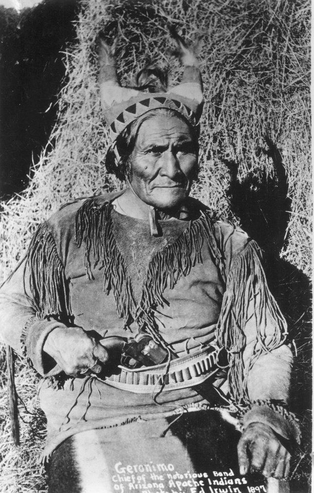 24 x 36 Namerican Apache Leader Photographed By William E Irwin At Fort Sill Oklahoma 1897 Poster Print by Geronimo 1829-1909
