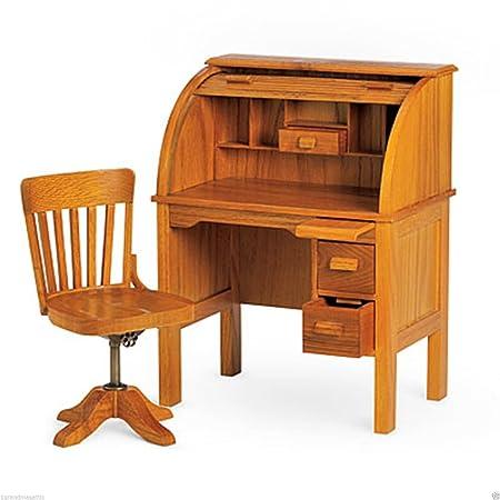 Niña - de la escuela de madera mesa escritorio y silla Set: Amazon ...