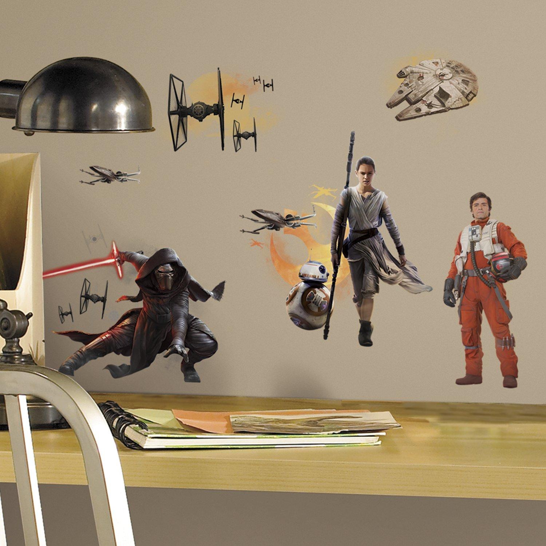 Amazon.com: Star Wars The Force Awakens Ep VII Ensemble Cast ...